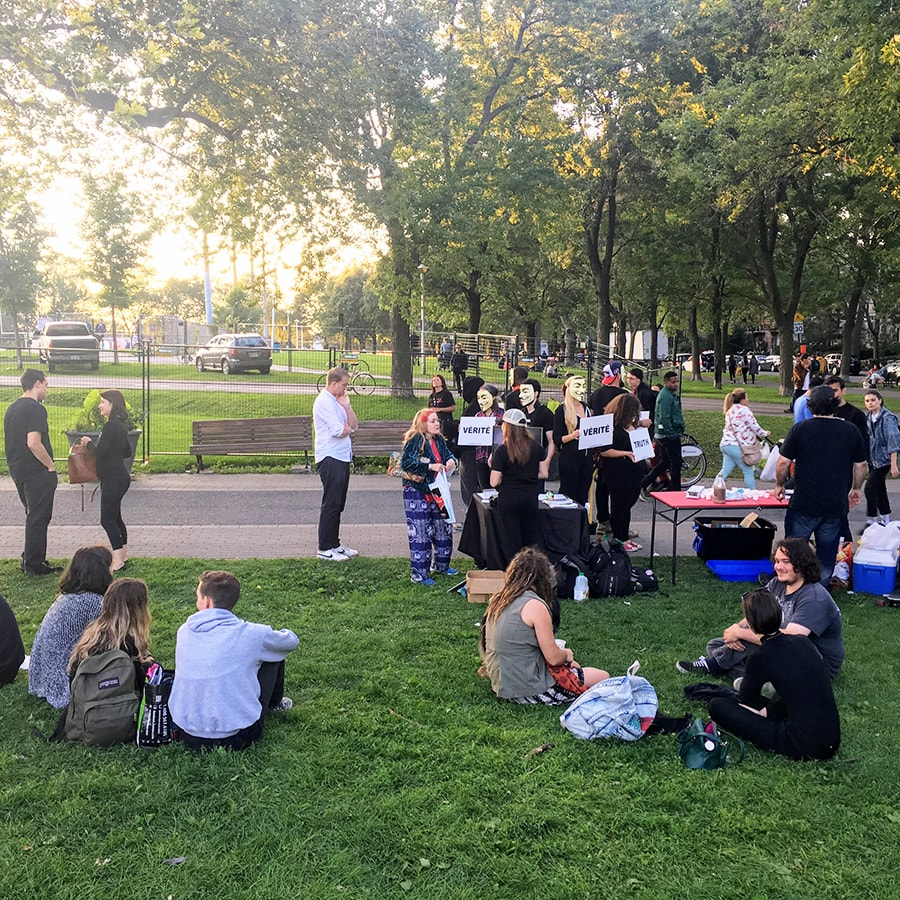 Vegan get-together lors d'un Cube of Truth à Montréal (été 2017)